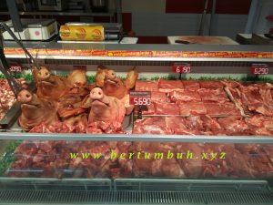 <b>Pasar Swalayan Ekstrim di Manado</b>