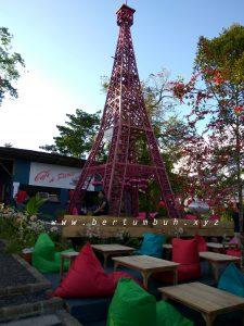 <b>Jendela Dunia, Tempat Rekreasi Lokal Rasa Luar Negeri</b>